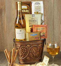Grapevine White Wine & Cheese Gift Basket