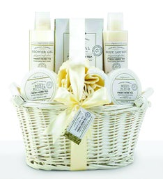 Lovely White Fresh Herb Tea Spa Gift Basket