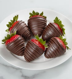 Delectable Dark Chocolate Strawberries