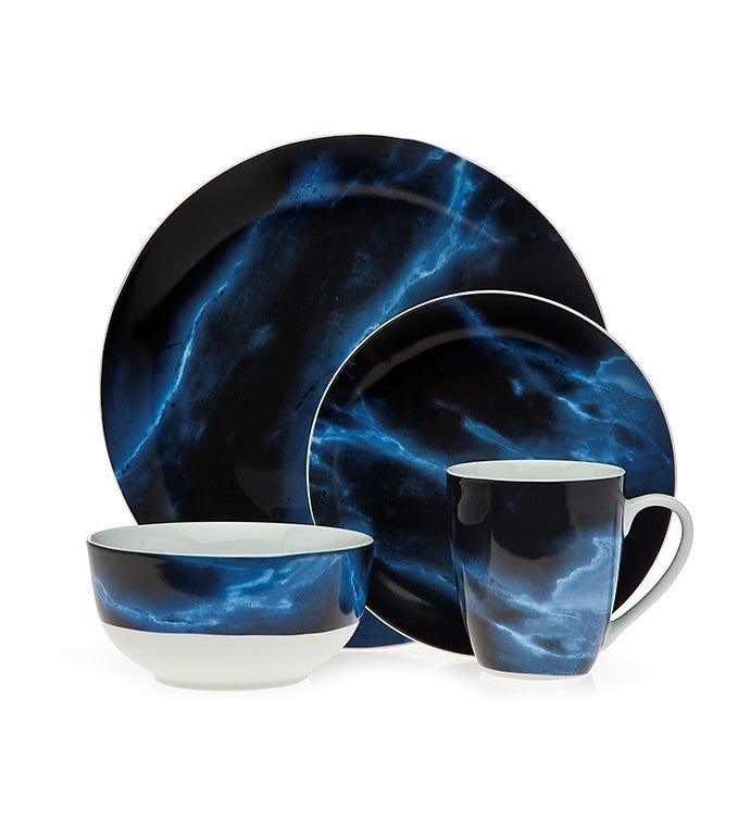 Carrera Blue 16 Pc Dinnerware Set