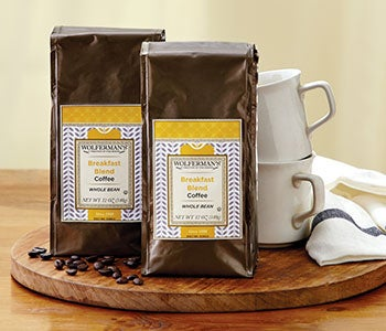 Share and enjoy aromatic coffees and fragrant teas.