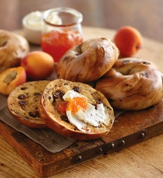 Davidovich Bakery Cinnamon Raisin Bagels